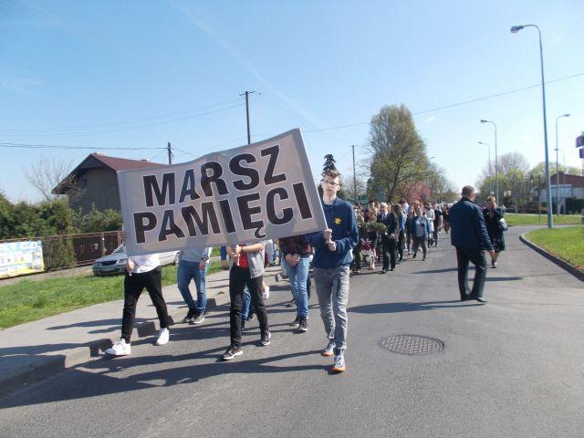 Images: MARSZ PAMIECI 6.jpg